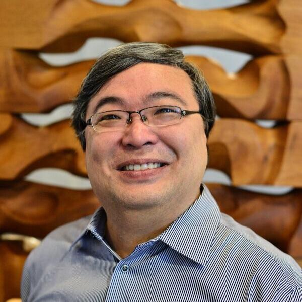 Dr Eugene Loh